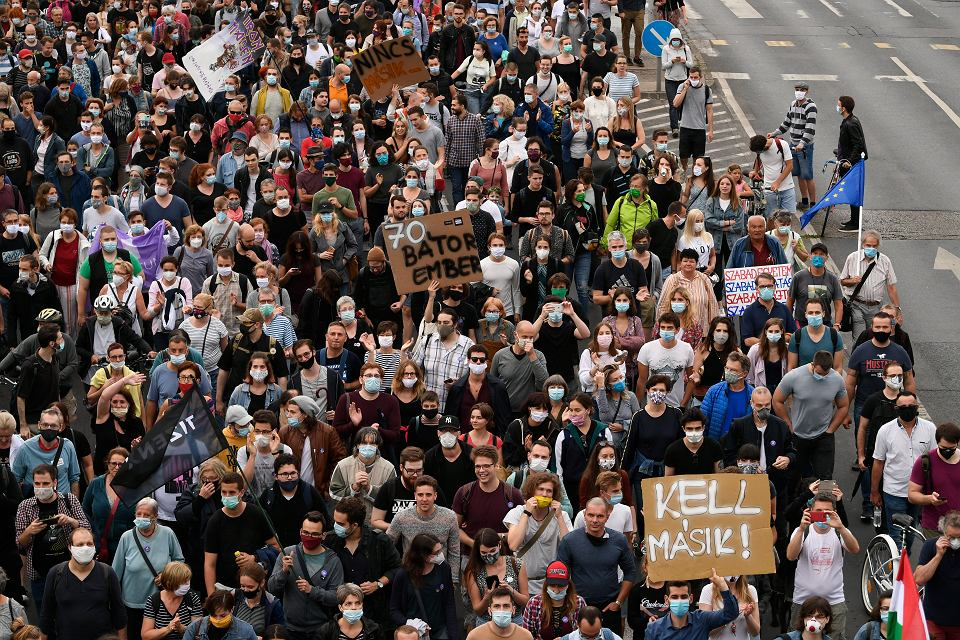 24.07.2020 Budapeszt. Protest przeciwko zamknięciu portalu Index.hu