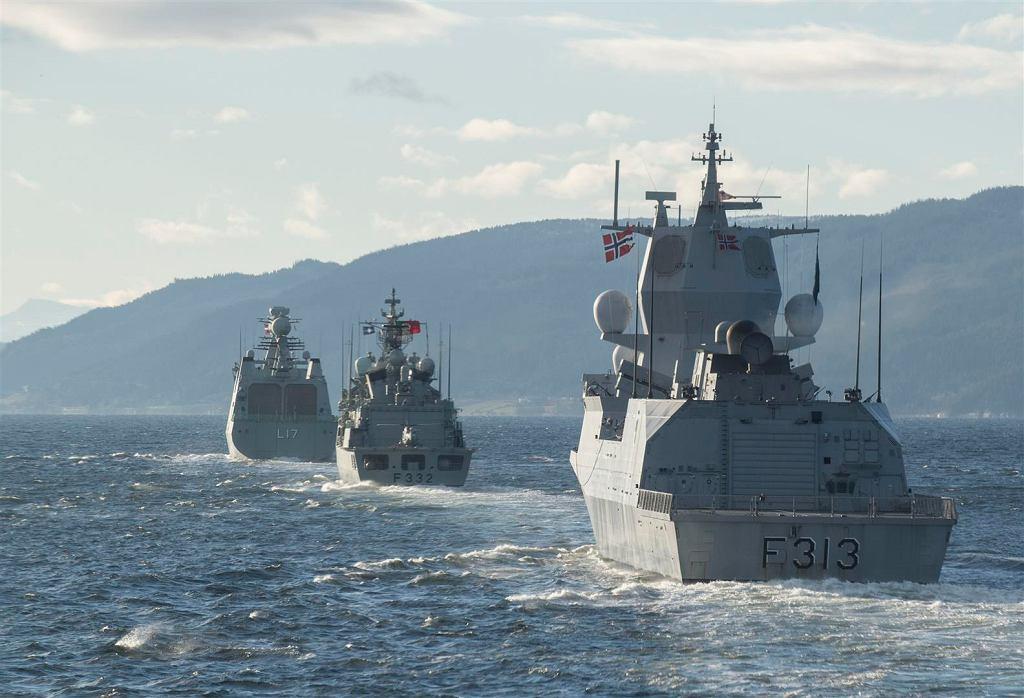 Okręty NATO podczas ćwiczeń Trident Juncture '18