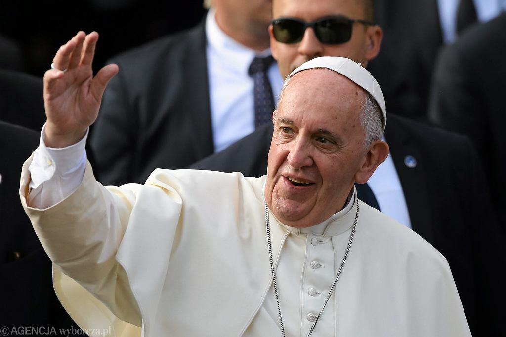Papież Franciszek zaproponował zmiany w tekście modlitwy 'Ojcze Nasz'