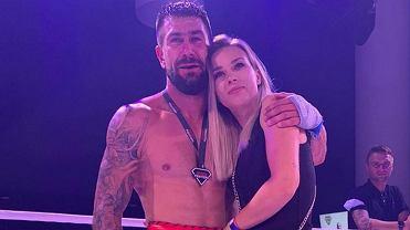 Kamil Sylwestrzak wygrał pierwszą bokserską walkę