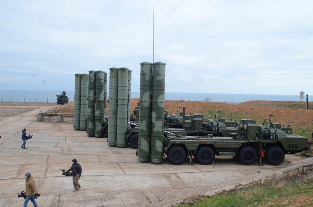 Koncern Ałmaz-Antej zarabia duże pieniądze na seryjnej produkcji systemu przeciwlotniczego S-400