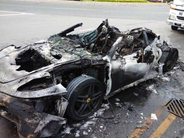 Ferrari F430 spłonęło w Hong Kongu