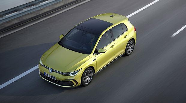 Nowy Volkswagen Golf 8. Niech nie zwiedzie cię wygląd, w środku doszło do prawdziwej rewolucji