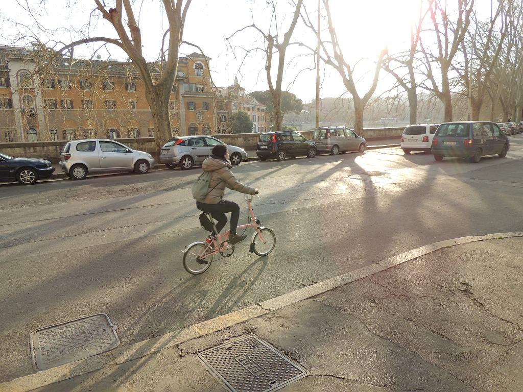 rowerem wzdłuż Tybru