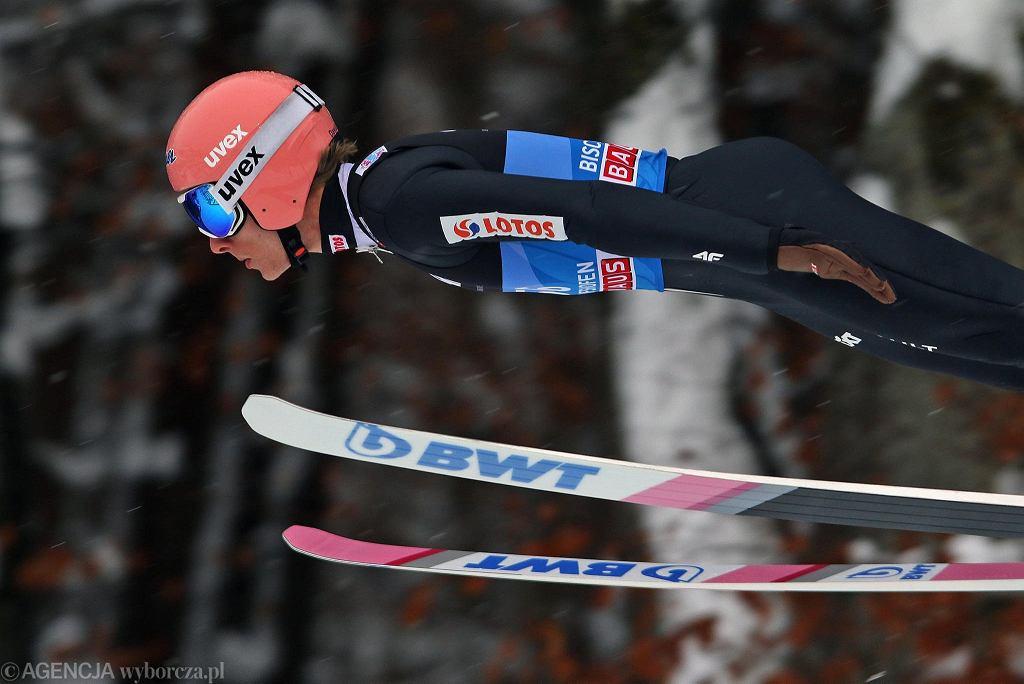 Zdjęcie numer 3 w galerii - Skoki narciarskie. To dlatego Kubacki pobił rekord skoczni? Polacy wreszcie dogonili czołówkę
