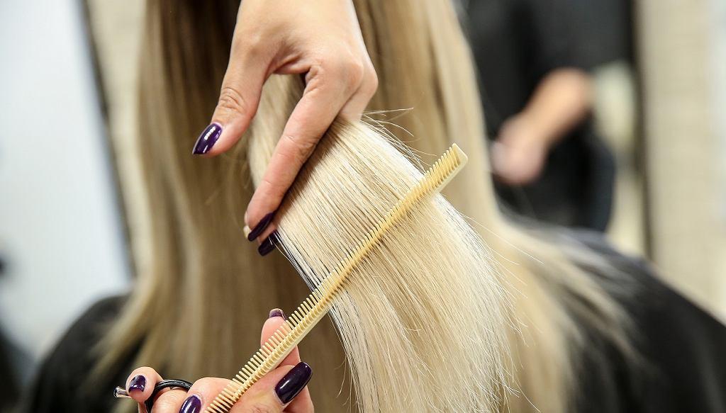 Te fryzury są już niemodne i postarzają o 10 lat! Zapomnij o nich raz na zawsze