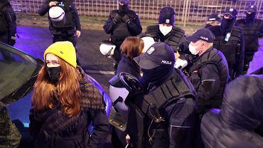Policja podczas Strajku Kobiet  28 listopada