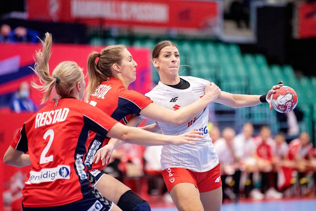 Mecz Polska - Norwegia w mistrzostwach Europy. W ataku Aleksandra Zych