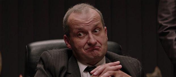 'Ucho prezesa ' Sezon 2, Odcinek 19: Co tam, panie, na pasku?