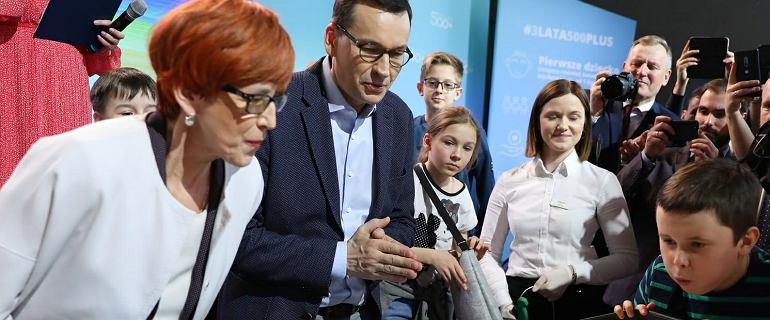 PiS wyda 40 mld zł na 500 plus. Bomba demograficzna nie eksplodowała