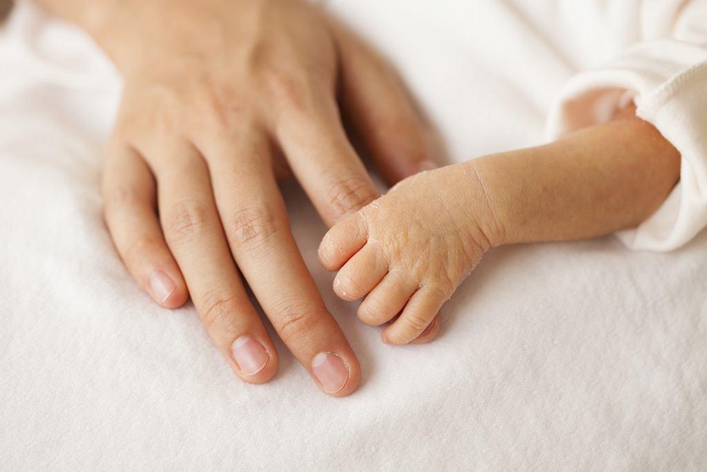 Wiek wcześniaka to tzw. wiek korygowany. Od wieku dziecka odejmuje się czas, jaki został do planowanego terminu porodu