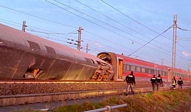 Katastrofa kolejowa niedaleko Mediolanu