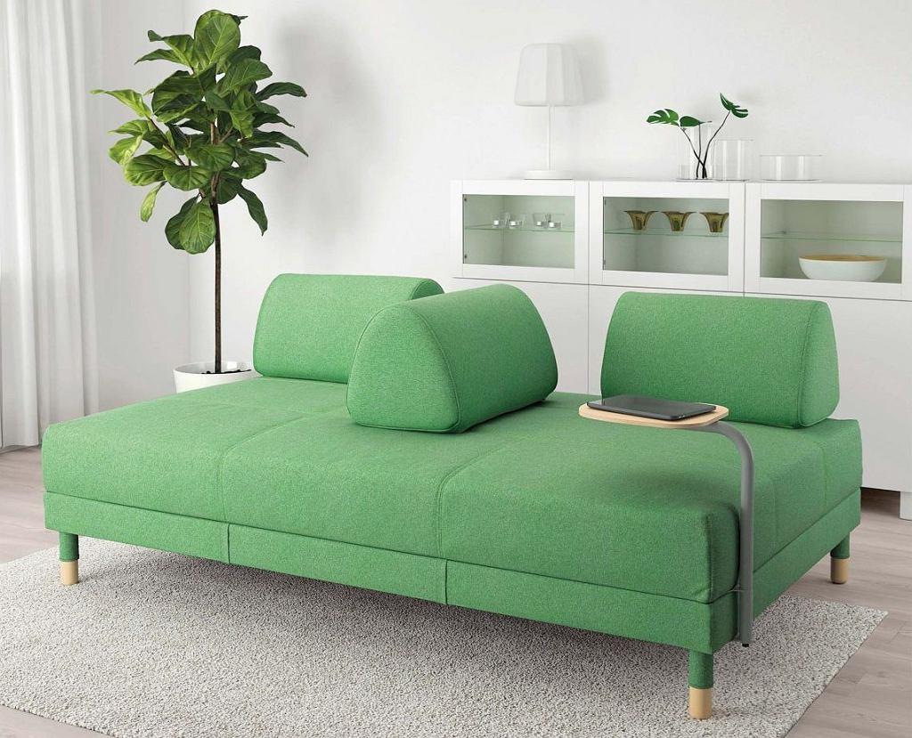 Sofa FLOTTEBO ze stolikiem, funkcja spania, poliester, 200 x 120 cm, wys. 79 cm, 2198 zł, IKEA