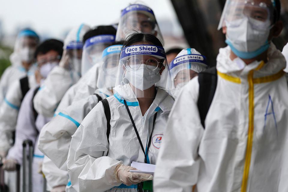Pandemia koronawirusa. Pasażerowie na lotnisku w Manili. Filipiny, 18 stycznia 2021