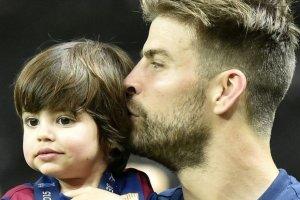 Gerard Pique z synem Milanem