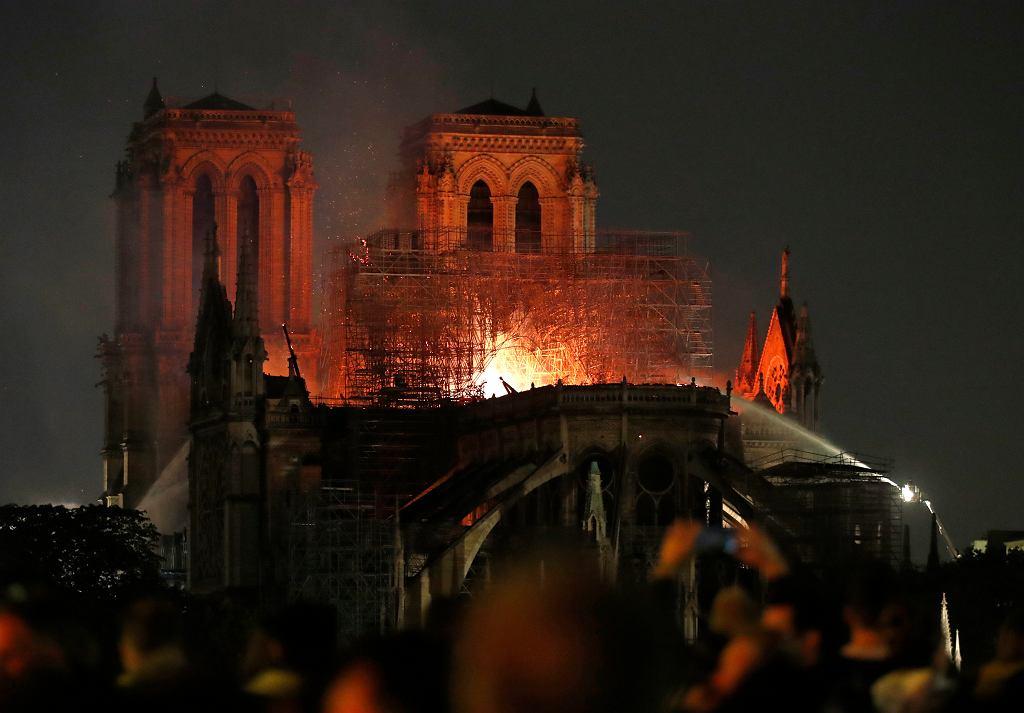 Pożar katedry Notre Dame w Paryżu.