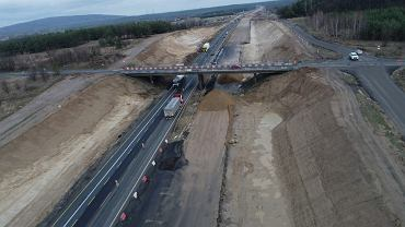 Wiadukt, który w weekend będzie zburzony na budowanej autostradzie A1