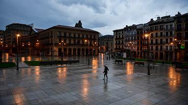 Pandemia koronawirusa. Plaza del Castillo , Pampeluna, Hiszpania, 15 marca 2020