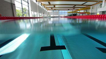 Luzowanie obostrzeń. Kiedy otworzą baseny? (zdjęcie ilustracyjne)