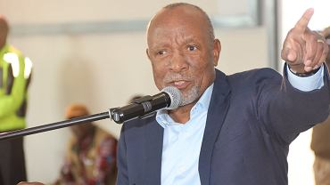 Nangolo Mbumba