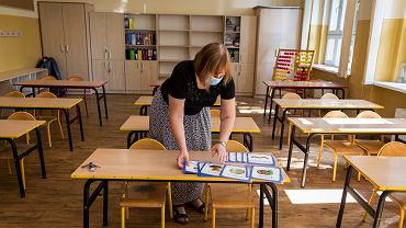 Prawie 70 proc. rodziców chce, żeby 1 września dzieci poszły do szkoły (zdjęcie ilustracyjne)