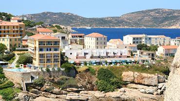 Korsyka noclegi, Korsyka hotel