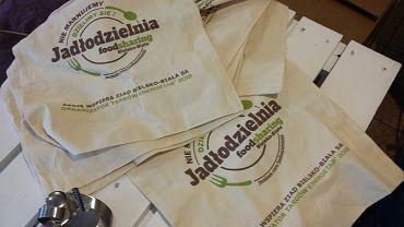 W Bielsku-Białej można pożyczyć torbę na zakupy