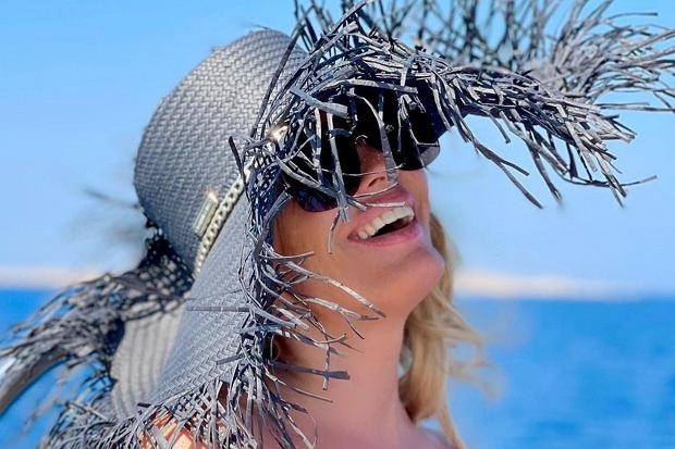 Dagmara Kaźmierska szaleje na wakacjach z synem. Celebrytka potrafi czerpać z życia garściami.