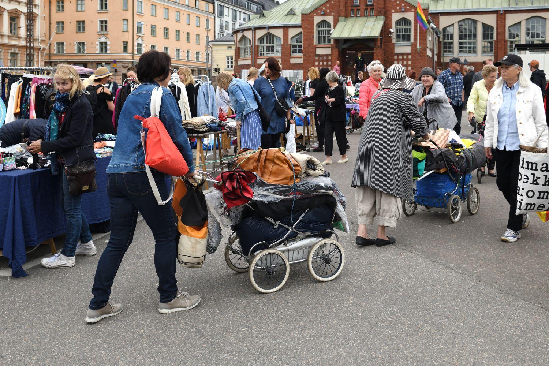 Pchli targ w Helsinkach (fot. Shutterstock)