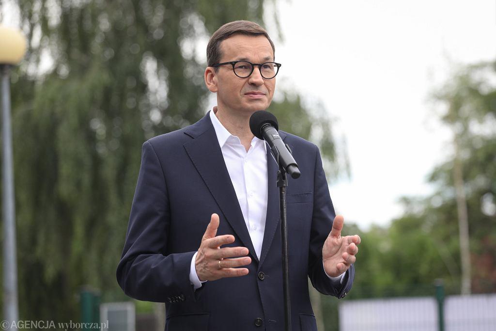 QPremier Morawiecki i minister Niedzielski inicjuja program Profilaktyka 40 PLUS'