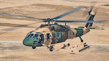 UH-60 Blackhawk lotnictwa Afganistanu. Talibowie zdołali wzbić się w powietrze co najmniej jednym