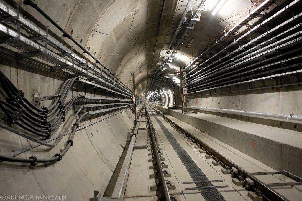 Tunele II linii metra pod Wisłą