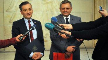 Będziemy wspólnie działać dla regionu i na rzecz powstania województwa środkowopomorskiego - zapowiedzieli Robert Biedroń, prezydent Słupska i Piotr Jedliński, prezydent Koszalina.