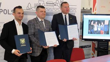 Podpisanie umów promocyjnych miasta z klubem żużlowym Stal Gorzów i z Bartoszem Zmarzlikiem
