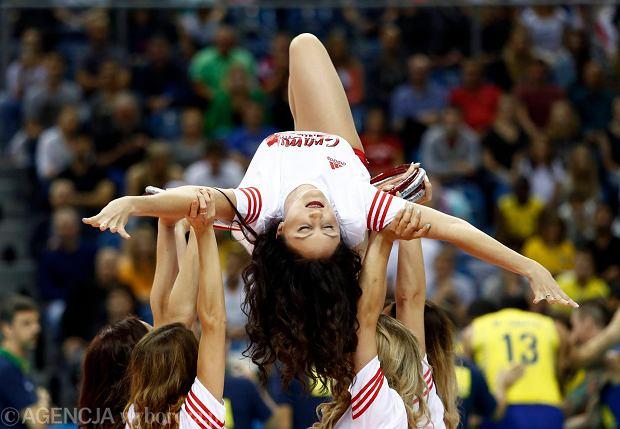Zdjęcie numer 3 w galerii - Wszystkie przebrania cheerliderek na Ligę Światową w Tauron Arenie Kraków