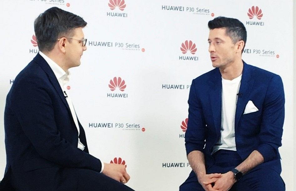 Wywiad Łukasz Kijka z Robertem Lewandowskim.
