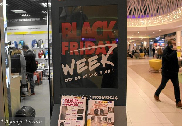 e31bcf378400b8 Czarny piątek to okazja, by kupić wypatrzone produkty taniej. Czasem trwa  cały tydzień albo
