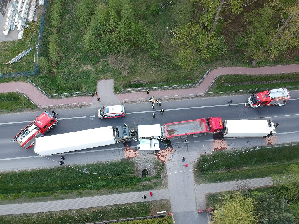 Wypadek w Koniku Starym na drodze krajowej nr 2