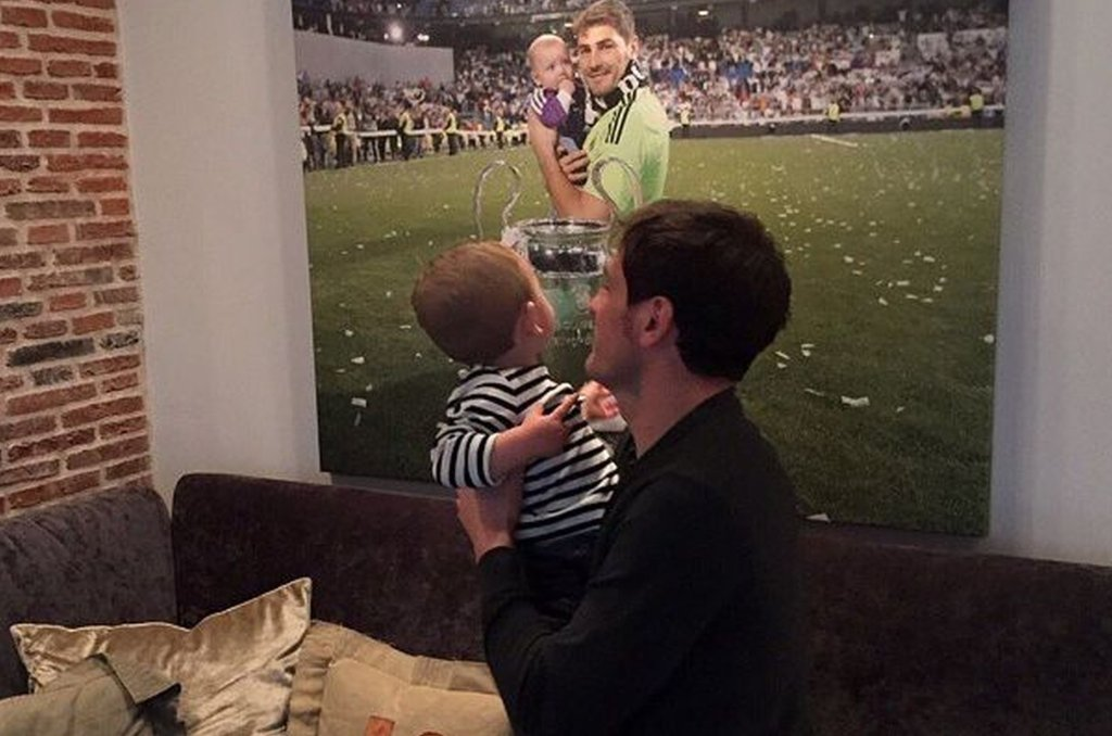 Iker Casillas z synem Martinem