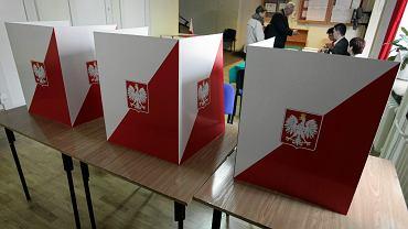 Wybory prezydenckie: druga tura odbywa się, gdy żaden z kandydatów nie otrzyma wymaganej liczby głosów (ponad 50 proc. głosów).