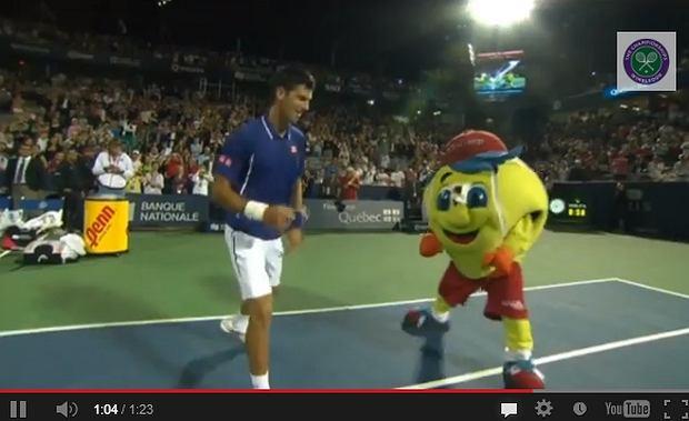 Novak Djoković tańczy, tańczy, tańczy, tańczy
