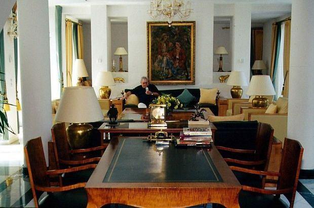 Aleksander Guzowaty, domy bogaczy