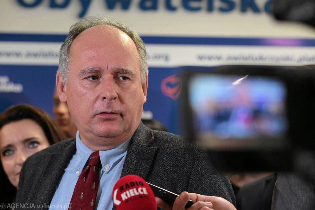 Paweł Zalewski podczas konferencji prasowej dotyczącej spotkań 'Obywatelskie Świętokrzyskie'. Kielce, 17 października 2017