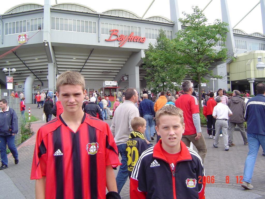 Piotr Zieliński z bratem Pawłem podczas testów w Bayerze Leverkusen