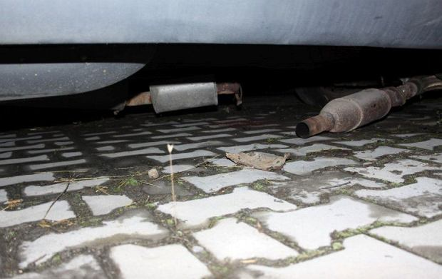 Kradł katalizatory w Kielcach. Policja zatrzymała go na gorącym uczynku