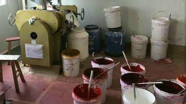 Tak wygląda produkcja podróbek kosmetyków