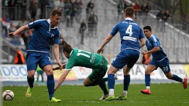 Piłkarze Nadwiślana Góra wciąż walczą o utrzymanie w drugiej lidze