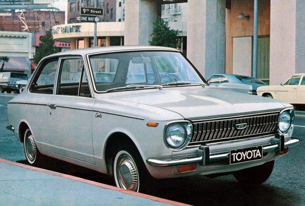 Toyota Corolla I