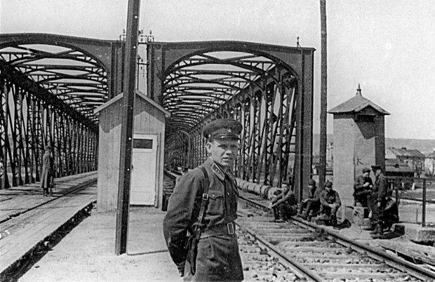 Most kolejowy na Sanie w Przemyślu
