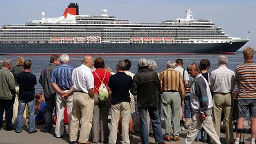 Wycieczkowiec Queen Victoria w Gdyni - zdjęcie ilustracyjne